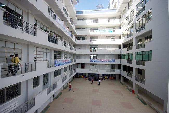 Đại học Công nghệ TP HCM là Top 7 Trường đại học dân lập tốt nhất TP Hồ Chí Minh