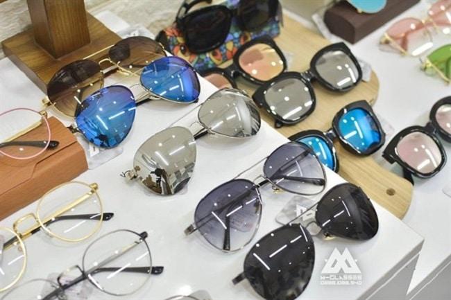 Mglasses là Top 7 địa chỉ bán gọng kính thời trang nhất đẹp nhất ở TP. HCM
