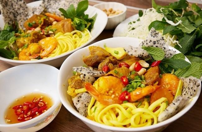 Quán mì Quảng chính hiệu là Top 10 địa điểm ăn uống hấp dẫn nhất ở quận Gò Vấp - TP. Hồ Chí Minh