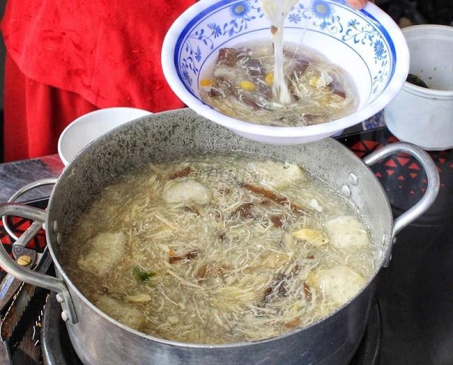 Quán Phá lấu & Súp ngũ sắc là Top 10 địa điểm ăn uống hấp dẫn nhất ở quận Gò Vấp - TP. Hồ Chí Minh