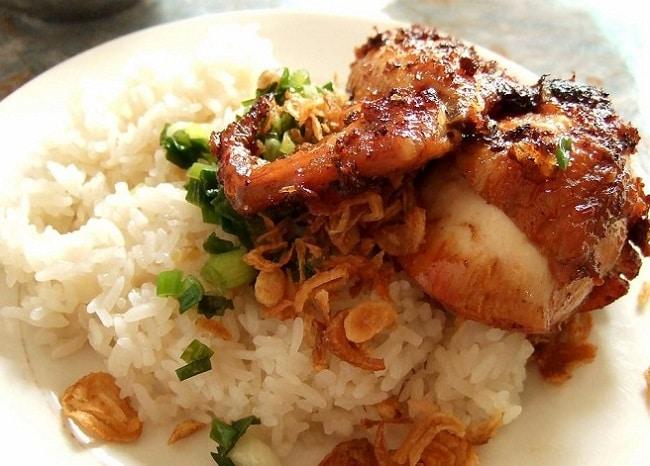 Quán xôi gà - Kinh Dương Vương là Top 10 Địa điểm ăn uống hấp dẫn tại quận Bình Tân, TP. Hồ Chí Minh