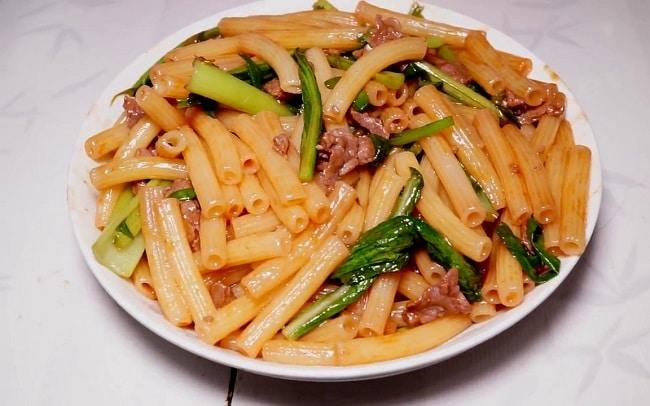 Quán mì xào, nui xào Vĩnh Lợi là Top 10 Địa điểm ăn uống hấp dẫn tại quận Bình Tân, TP. Hồ Chí Minh