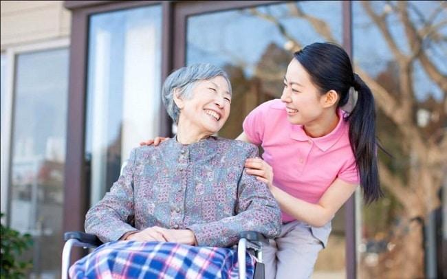 Dịch vụ điều dưỡng tại nhà là Top 10 Dịch vụ bác sĩ gia đình tốt nhất ở TP. Hồ Chí Minh