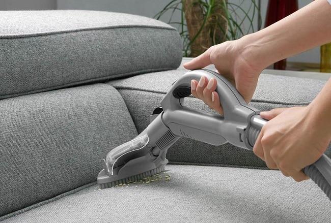 Tia Sáng là Top 10 dịch vụ giặt ghế sofa chuyên nghiệp & uy tín tại TPHCM