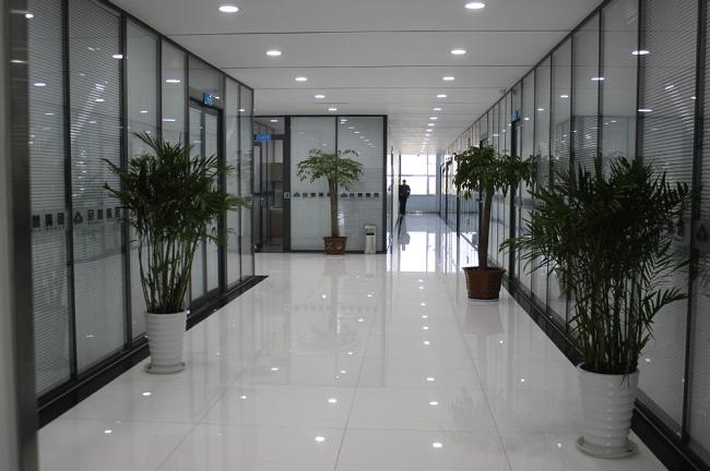 Nhôm kính Minh Đăng Khôi là Top 10 Dịch vụ làm nhôm kính chất lượng giá rẻ tại TPHCM