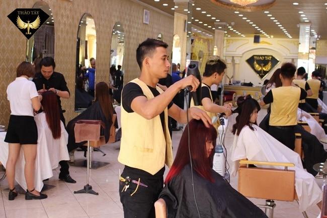 Salon tóc Thảo Tây là Top 10 Hair salon nhuộm tóc đẹp nhất TPHCM