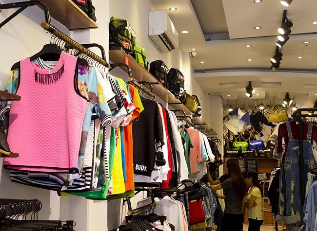 Toto Shop là Top 10 Shop thời trang đẹp nhất đường Cách Mạng Tháng Tám, TPHCM
