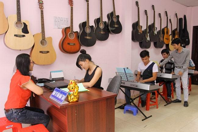 Trung tâm âm nhạc Việt là Top Trung tâm dạy đàn piano tốt nhất tại TP. Hồ Chí Minh
