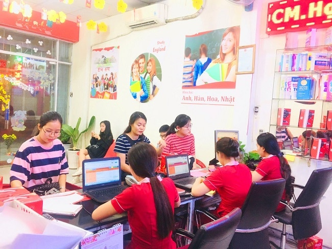 Saigon Vina là Top 10 Trung tâm tiếng Anh tốt nhất Quận Tân Phú, TPHCM