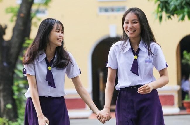 THPT Nguyễn Thị Minh Khai là Top 5 Trường THPT có đồng phục học sinh đẹp nhất TPHCM