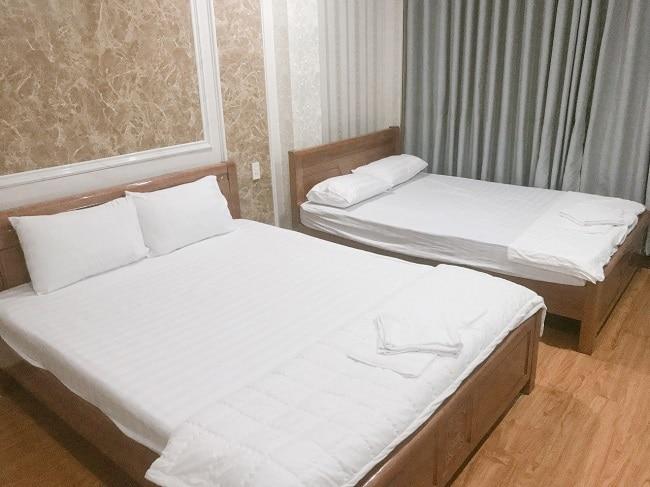 Phòng khách sạn Phượng Hoàng