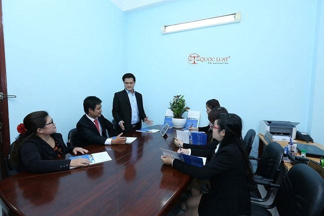 Quốc Luật là Top 10 công ty dịch vụ kế toán tốt nhất TPHCM