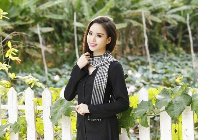 Áo dài Minh Thư là Top 10 địa chỉ bán áo bà ba đẹp và rẻ nhất tại TPHCM