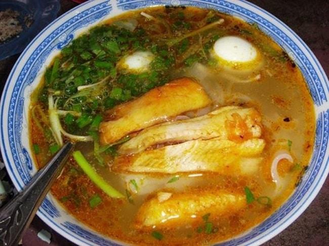 Bánh canh cá lóc O Thanh là Top 5 Địa chỉ bán bánh canh cá lóc ngon nhất TPHCM