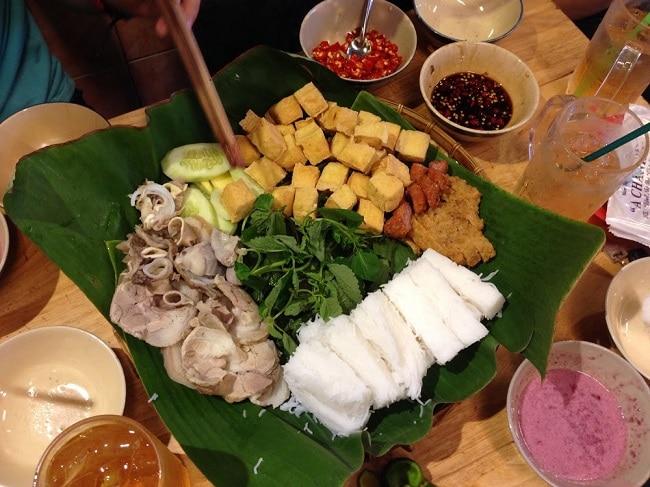 Bún đậu mắm tôm A Chảnh là Top 5 Địa điểm ăn uống ngon nhất trên đường Tô Hiến Thành, Q.10, TPHCM