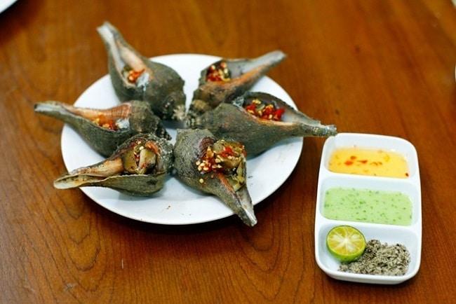 Ốc Quang Anh là Top 5 Địa điểm ăn uống ngon nhất trên đường Tô Hiến Thành, Q.10, TPHCM