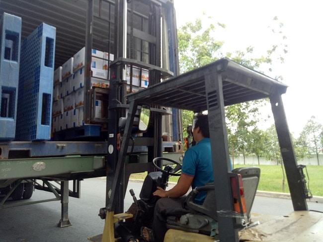 Rồng Việt là Top 10 Dịch vụ bốc xếp hàng hóa nhanh chóng và uy tín nhất tại TPHCM