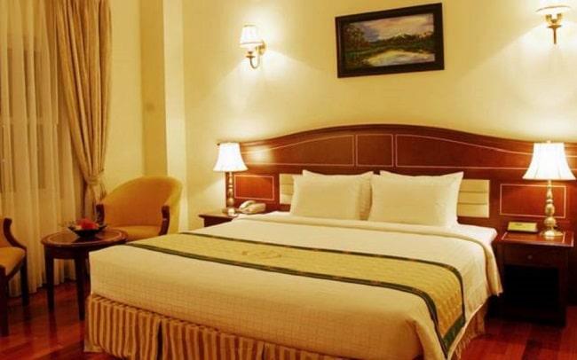 """Khách sạn Hồ là Top 10 Khách sạn giá """"rẻ mà tốt"""" nhất Huyện Nhà Bè"""