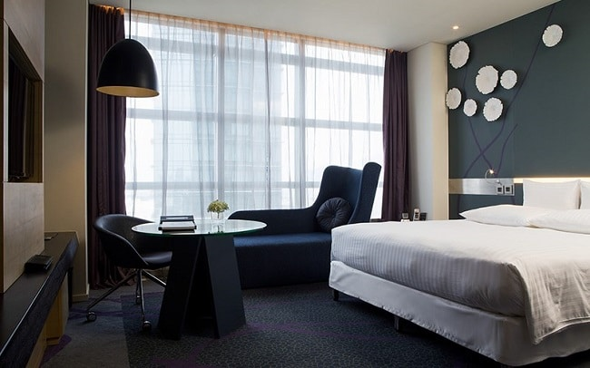 """Khách sạn Pullman Saigon Central là Top 10 Khách sạn giá """"rẻ mà tốt"""" nhất Quận 1"""