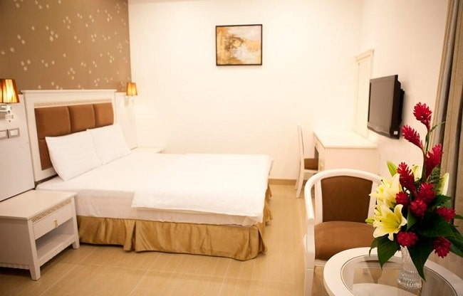 """Khách sạn The River Saigon là Top 10 Khách sạn giá """"rẻ mà tốt"""" nhất Quận 1"""