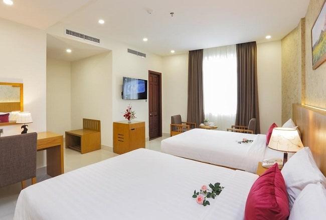 """Khách sạn Nam Hy là Top 10 Khách sạn giá """"rẻ mà tốt"""" nhất Quận 5"""