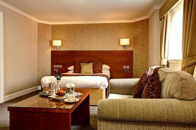 """Khách sạn Golden Lion là Top 10 Khách sạn giá """"rẻ mà tốt"""" nhất Quận 8"""