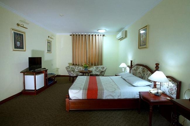 """Khách sạn Hoàng Hà là Top 10 Khách sạn giá """"rẻ mà tốt"""" nhất Quận Phú Nhuận"""