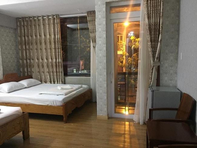 """Khách sạn Ly Ly 2 là Top 10 Khách sạn giá """"rẻ mà tốt"""" nhất Quận Tân Bình"""