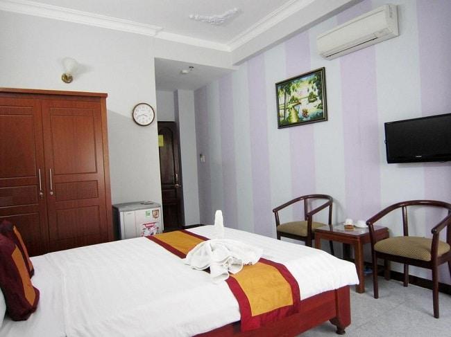 """Khách sạn Thanh Hồng là Top 10 Khách sạn giá """"rẻ mà tốt"""" nhất Quận Tân Bình"""