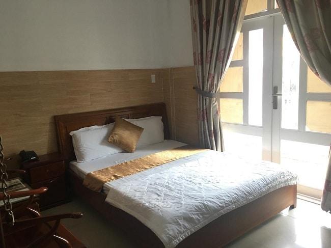 """Khách sạn Sơn Nhi là Top 10 Khách sạn giá """"rẻ mà tốt"""" nhất Quận Tân Bình"""