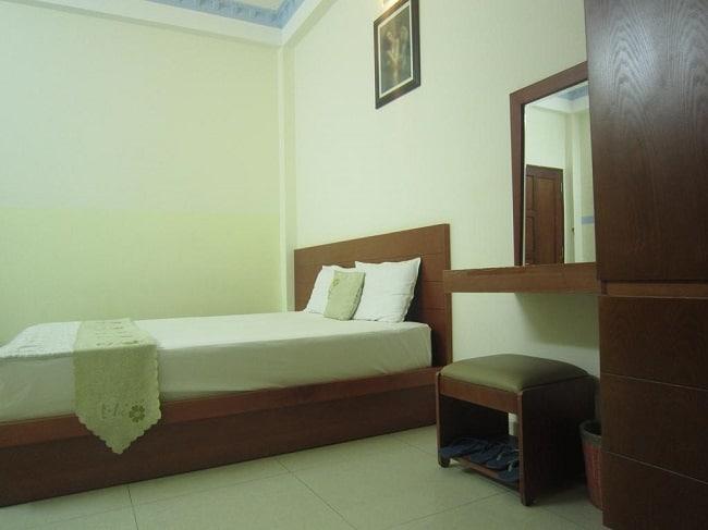 """Khách sạn Hồng Đăng là Top 10 Khách sạn giá """"rẻ mà tốt"""" nhất Quận Tân Phú"""