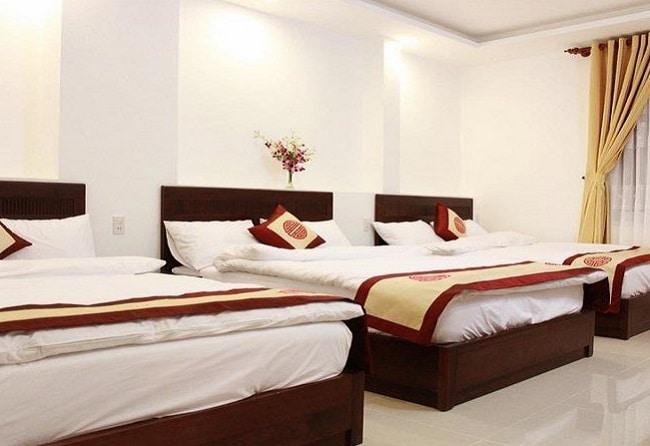 """Khách sạn Xuân Hồng là Top 10 Khách sạn giá """"rẻ mà tốt"""" nhất Quận Tân Phú"""
