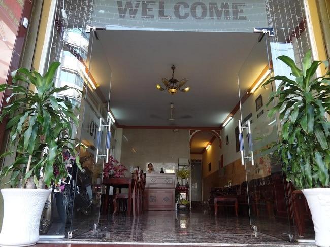 """Khách sạn Sơn Tùng là Top 10 Khách sạn giá """"rẻ mà tốt"""" nhất Quận Thủ Đức"""