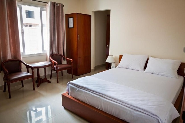 """Khách sạn Hoàng Long Hồ Chí Minh là Top 10 Khách sạn giá """"rẻ mà tốt"""" nhất Quận 2"""