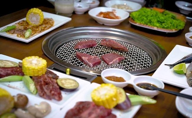 Beefsteak Hai Con Bò là Top 20 Quán ăn ngon ở quận 1, TPHCM bạn nên đến nhất