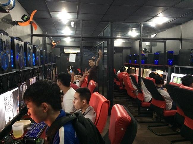 Titan E-Sports Center là Top 10 Quán net chất nhất ở TPHCM dành cho game thủ