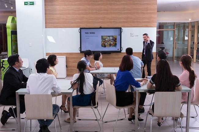 Wall Street English là Top 10 trung tâm ngoại ngữ uy tín nhất tại TPHCM