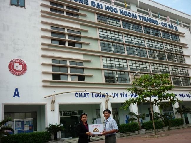 Đại học ngoại thương CS2 là Top 6 Trường đại học đào tạo ngành kinh tế tốt nhất thành phố Hồ Chí Minh