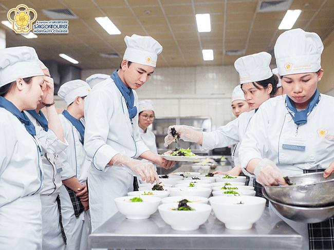 Dạy học nấu ăn uy tín