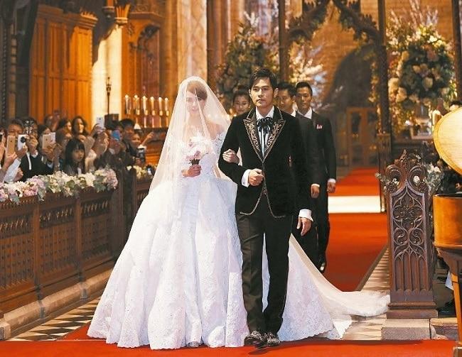 Ngày xuân vui cưới là Top 10 bài hát đám cưới hay nhất mọi thời đại