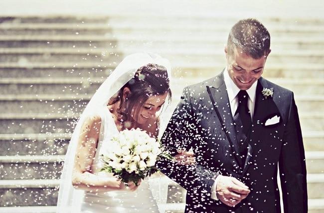 Trai tài gái sắc là Top 10 bài hát đám cưới hay nhất mọi thời đại