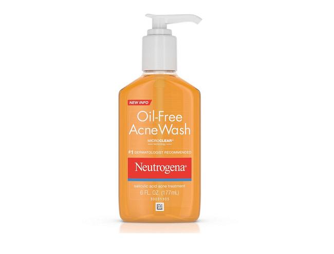 Sữa rửa mặt trị mụn Neutrogena Oil – Free Acne Wash là Top 10 Loại Sữa Rửa Mặt Trị Mụn Hiệu Quả Nhất
