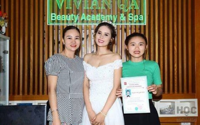 Vivian QA là Top 10 địa chỉ dạy học trang điểm chuyên nghiệp và nổi tiếng nhất