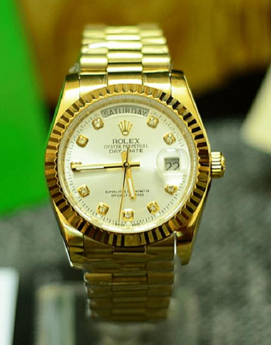 quà sinh nhật cho bạn trai đồng hồ