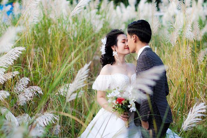 Top 10 địa điểm chụp hình cưới đẹp như mơ tại Đà Nẵng - ĐỒng cỏ hội an đà nẵng