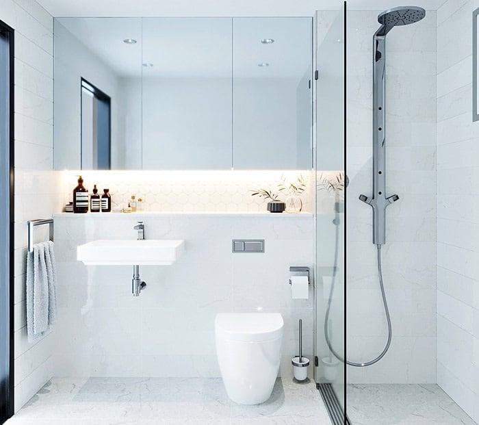 Bố trí ánh sáng phòng tắm theo chiều ngang tạo điểm nhấn