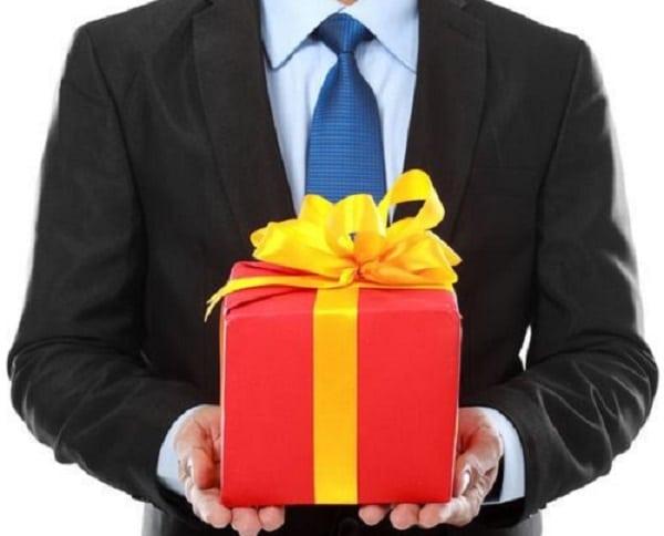 Mách bạn chọn quà tặng đối tác
