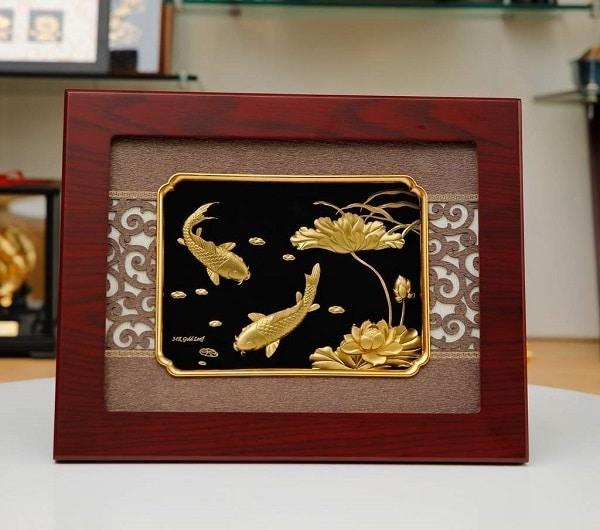 tranh cá chép, hoa sen mạ vàng