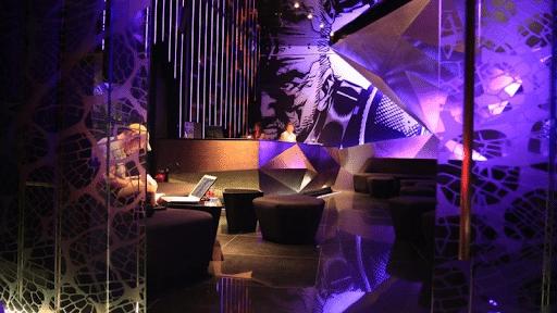 Top 10 quán bar nổi tiếng nhất Sài Gòn Lush Bar- 2 Lý Tự Trọng, Q.1.TPHCM