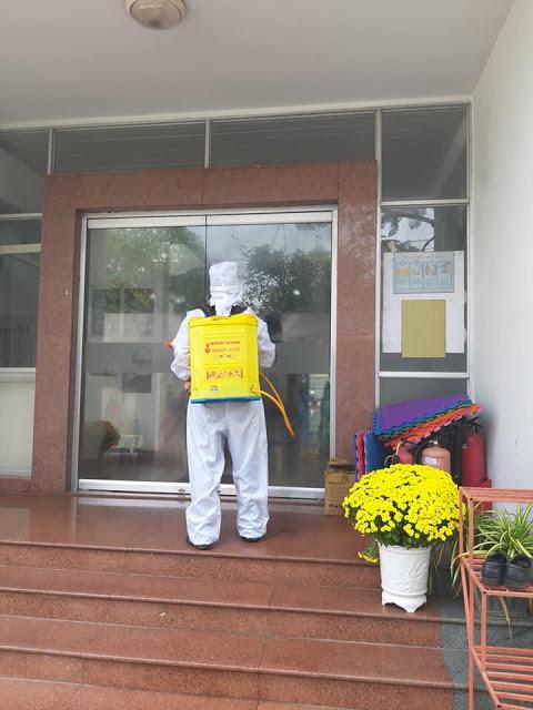 Phòng chống lây nhiễm với dịch vụ phun xit khử trùng